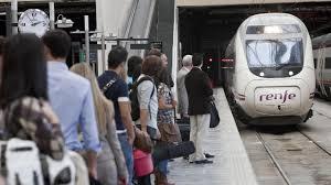 Más de treinta trenes cancelados en Galicia en vísperas del «puente»