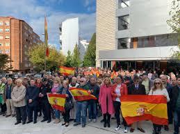 El estado de salud del policía nacional Iván Alvarez focalizó las concentraciones ante las Comisarías en Galicia