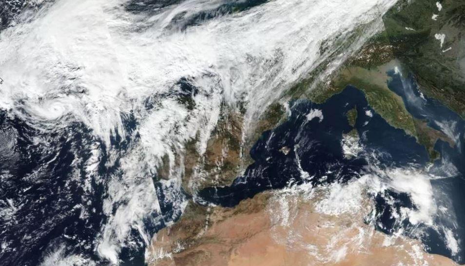 La AEMET previene que este año los huracanes pueden rozar Galicia