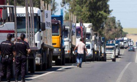 Caravana de camioneros gallegos en Madrid en defensa de la continuidad de ENCE