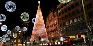 Abel Caballero presenta en pleno julio, las próximas Navidades de Vigo