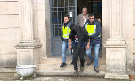 La juez ordenó ingresar en un centro de internamiento cerrado al menor que mato a su madre en Foz