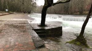El temporal de ayer dejó una «manta de agua» en gran parte de Galicia y se temen desbordamientos de ríos