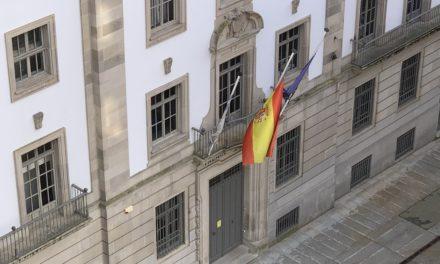 Banderas a media asta por luto oficial en Galicia