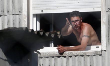 Ya se entregó el hombre que se atrincheró en una vivienda en Cea (Vilagarcía)