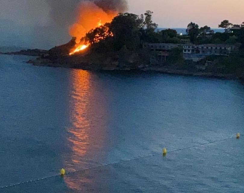 Incendio forestal en Sanxenxo controlado en una hora