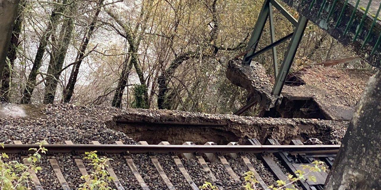 De nuevo un corrimiento de tierras motiva el corte de la línea férrea entre Vigo y Ourense