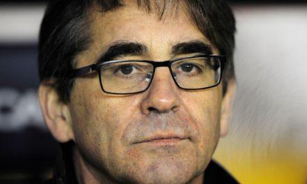 El Deportivo echa inesperadamente a Fernando Vázquez
