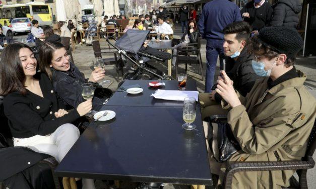 Hasta 15 personas en reuniones en exteriores